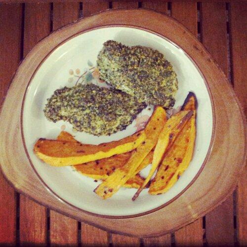 Kale pesto crusted chicken, sweet potato wedges, healthy kale recipe, sweet potato recipe