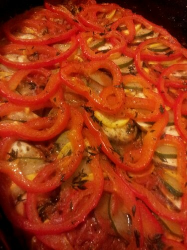 ratatouille, cooked, fresh, red pepper, zucchini, eggplant