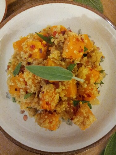sage, quinoa, butternut squash, pilaf, healthy pilaf, crushed pepper