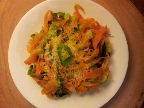 carrot, zucchini, healthy spaghetti, ribbons, healthy pasta