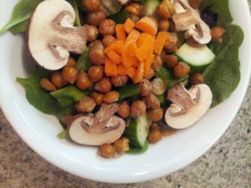 Honey chickpea salad